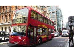减贫脱困|HCT集团:社区交通的温暖服务
